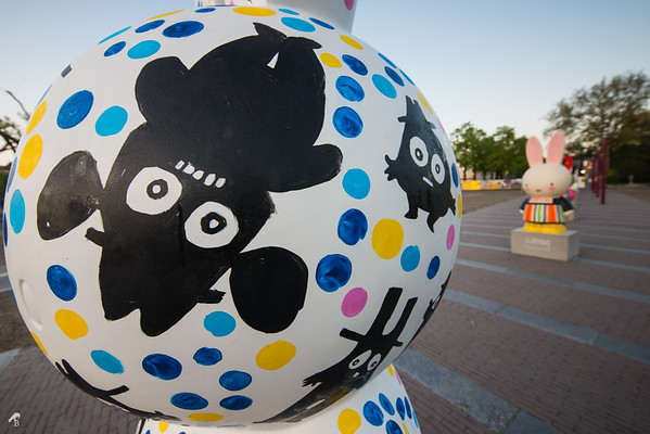 Heading towards a suspicious showdown by Bas Kosters (Miffy Art Parade)