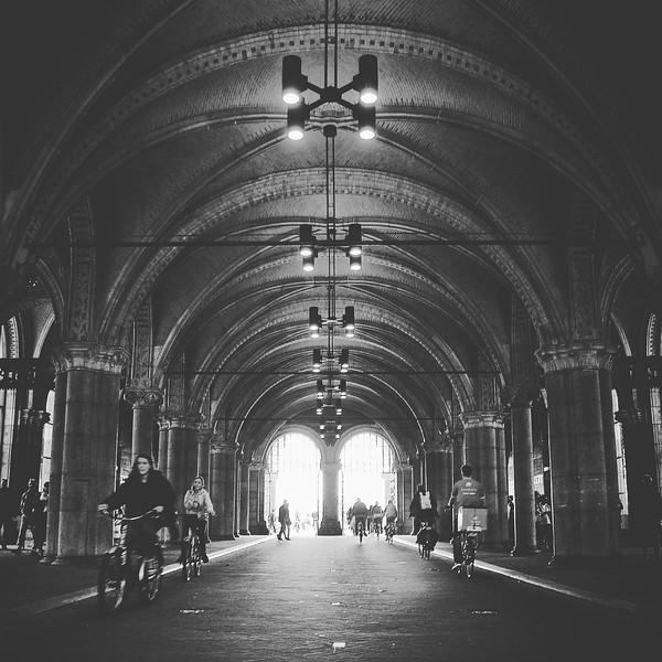 Tunnel through the Rijksmuseum. 2016.