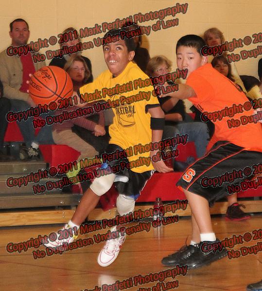 Y#11 Christian Ortiz  O#8 Jesse Kellogg