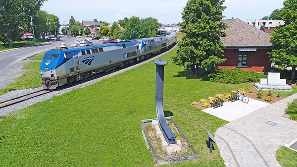 Amtrak 68(694), St-Jean-sur-Richelieu, Quebec, July 19 2017.