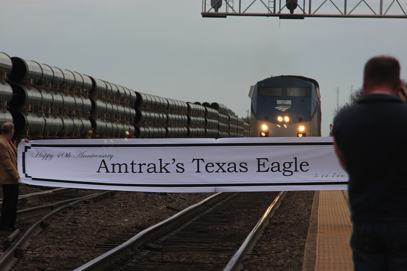 Engineer Velida Breakfield brings #21 into the Longview Depot, edging toward the Banner.