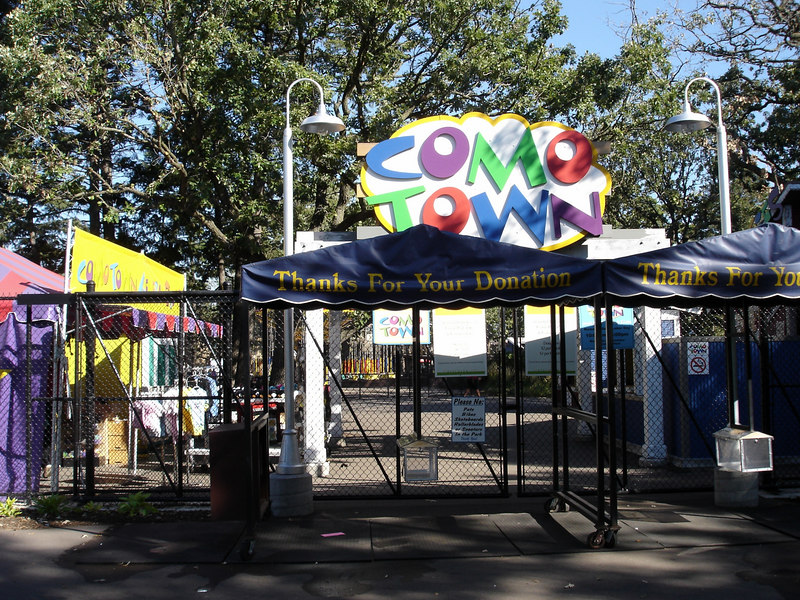 Como Town is a small kid-oriented amusement park in Como Park.