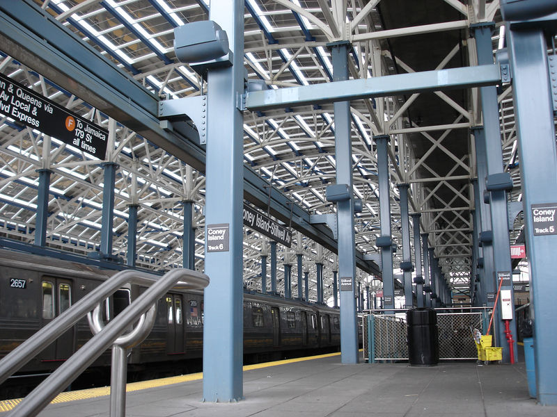 The F-train platform of the 'new' Stillwell station