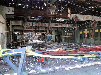 2-20-11 - inside the Playland building
