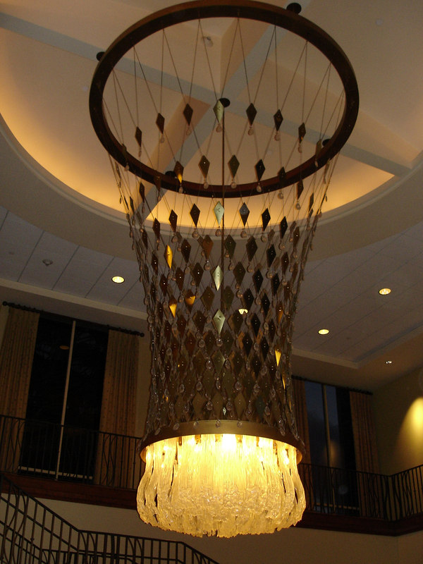 I've stayed at the Knotts (formerly Radisson) resort hotel and have always been struck by this godawful enourmous chandelier in their lobby.  It's fugly.