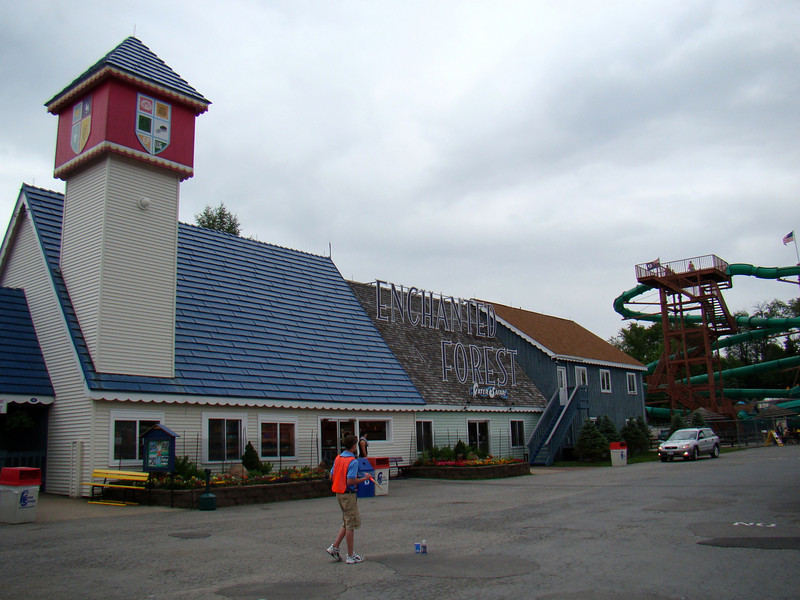 The main entrance to the park.