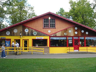 The Williams Grove gift shop and ice cream parlour.   Unfortunately they only have a few items and only 1with the Williams Grove name on it.