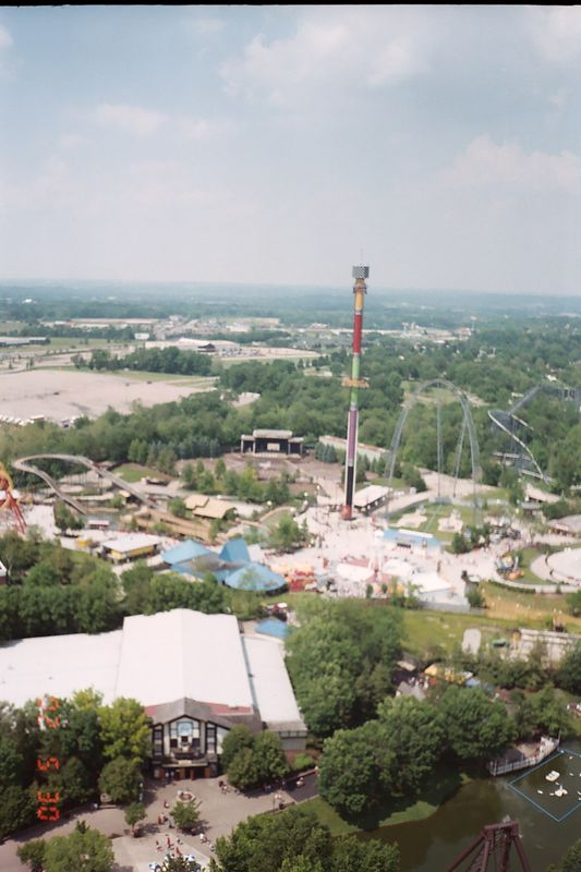 Another look at the Thrillzone part of the park.