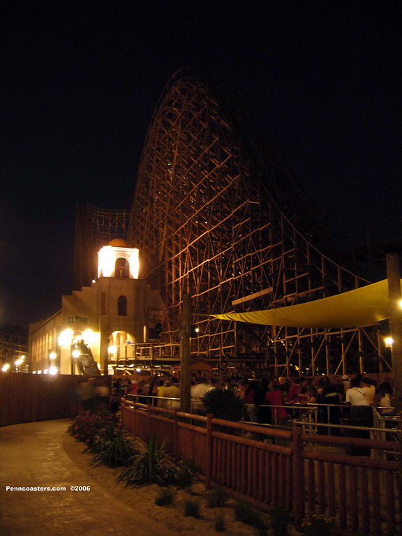 El Toro at night.
