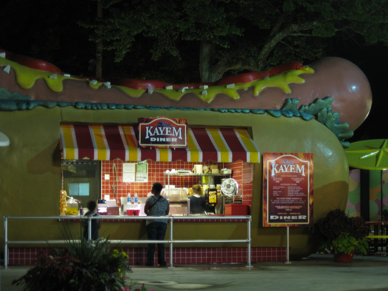 Kayem Diner hot dog stand at night.