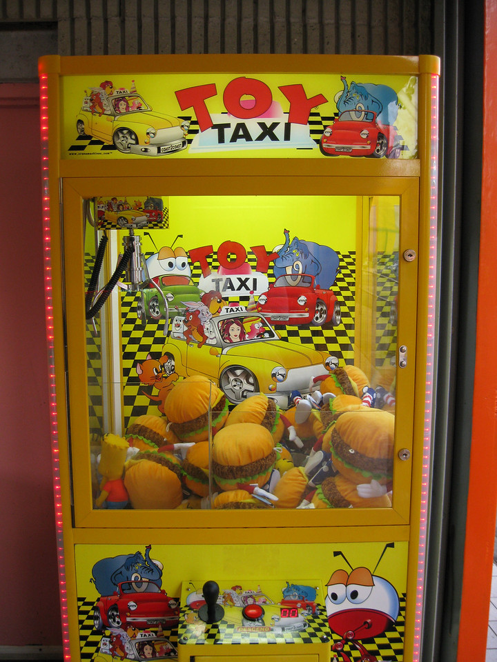 Toy Taxi game at the Be-Bop Diner. It's filled with hamburger plush toys.