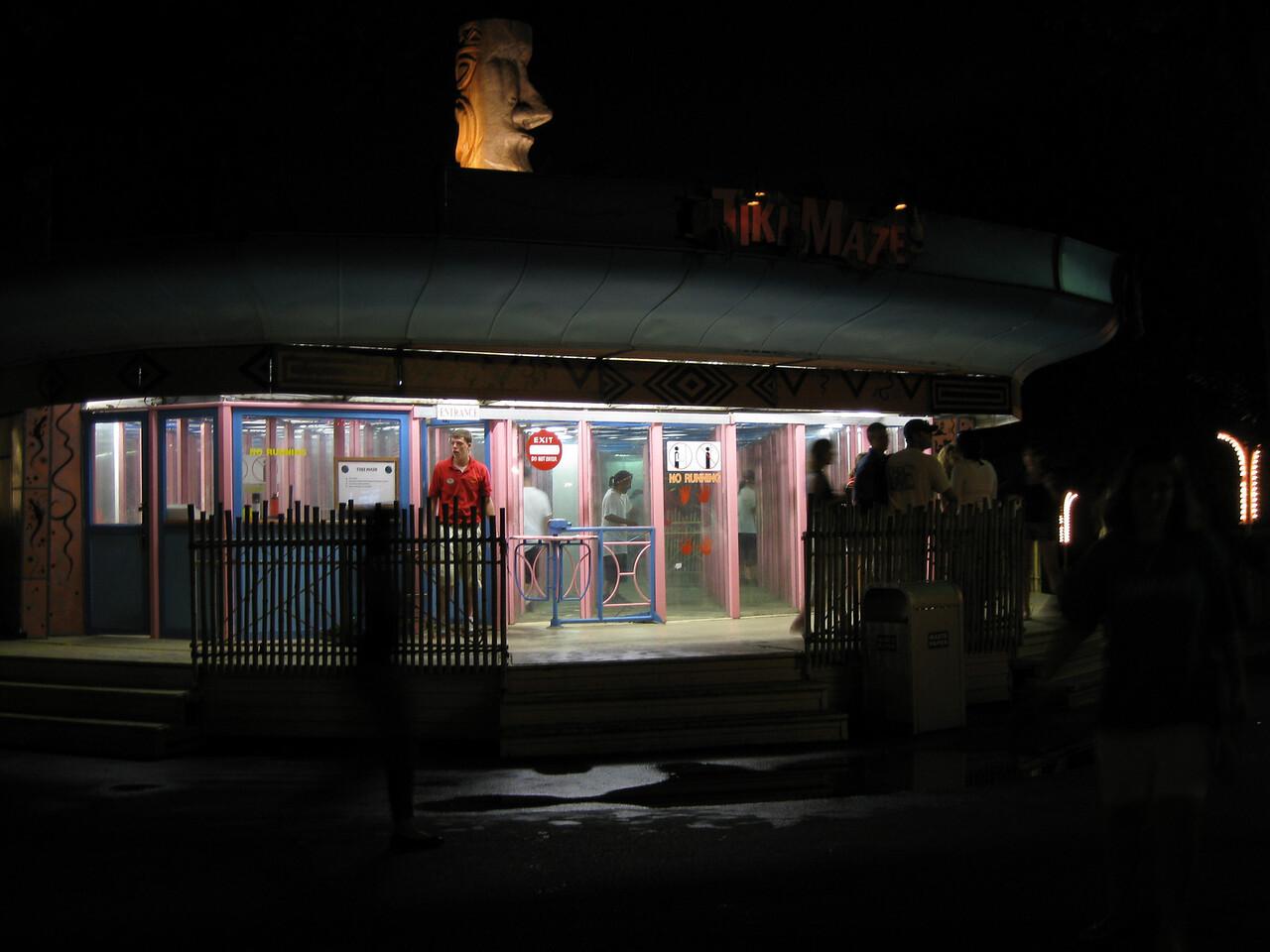 Tiki Maze at night.
