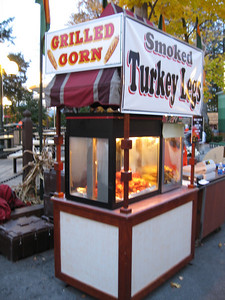 Smoked turkey leg/grilled corn concession stand.