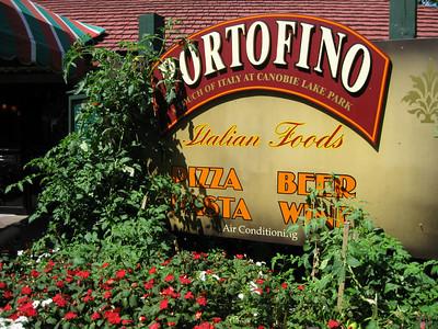 The Portofino landscaping had tomato and pepper plants.