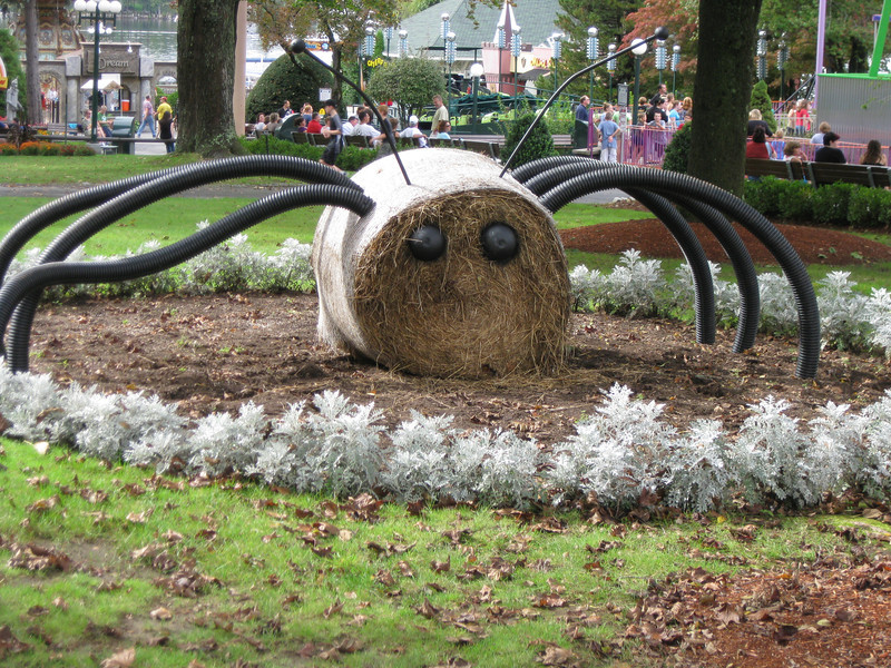 A spider made from a round bale of hay.