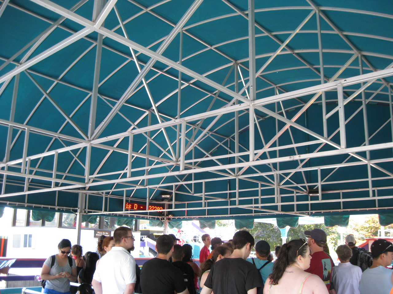 Giant Sky Wheel queue area.