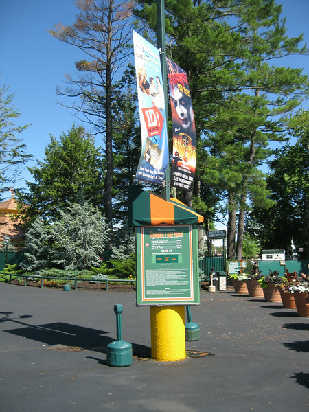 There are new signs outside the entrance listing what rides are closed.