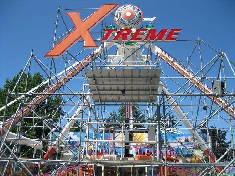 Xtreme Frisbee.