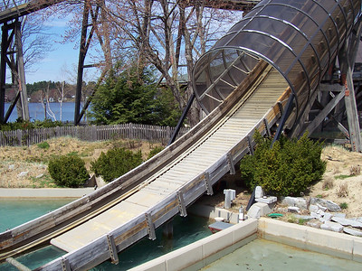 The Boston Tea Party chute was dry (though the ride was running).