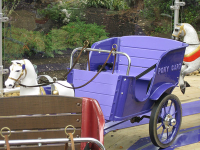 A new purple Pony Cart. A preview of its new theming?