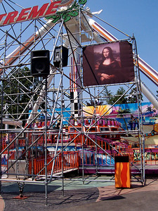 The Mona Lisa was back in her rightful place on the Xtreme Frisbee scaffold.