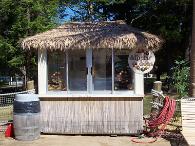 Tropical themed Dippin Dots stand at Castaway Island.