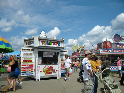 I visited the Spencer Fair on Saturday, September 5, 2009. The photos in the gallery are dedicated to the public domain.