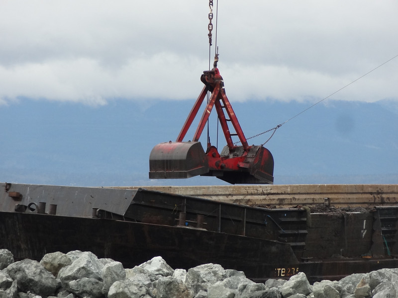 This size material is being used to extend the breakwater along the northern boundary....coming from the Lakeside Ind. pit here in Anacortes.