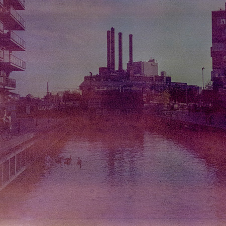 Kodak Instamatic Camera 220_20180907_014750-2