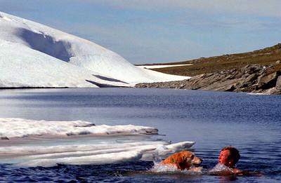 Analoge 0031 gerhard isbader med don aurlandsfjellet 1981