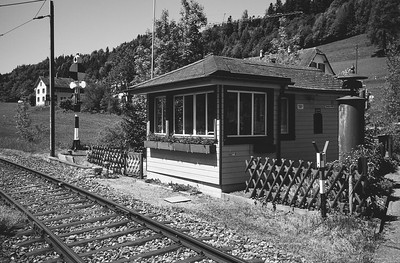 Bahnübergang bei Neuthal (ZH)