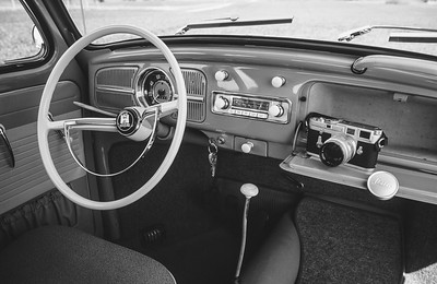 VW Käfer de Luxe 1200 & Leica M3 (beides Baujahr 1961)