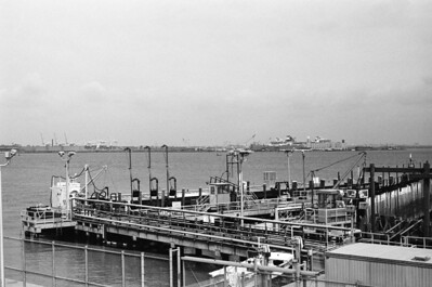 Staten Island Ferry Terminal (SI) | Bay Street - Staten Island Lens: Nikkor 50mm f/1.4 Film: Kodak TRI-X iso400