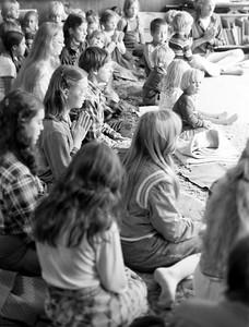 ananda school satsang 1979ish Dscn1137