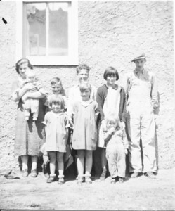 Colleen Gene Wayne Uncie Adrian Tobylea Sandy Iris Patty (1 of 1)