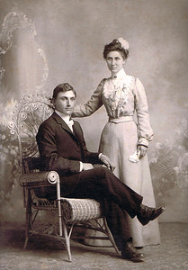 Manuel & Bertha Kipp   Married 26 Feb 1902, Larchwood, Iowa
