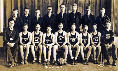 Clinton Kipp basketball team Sundance WY