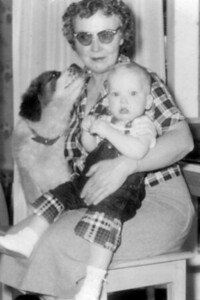 Mom Lady Blonde Earl Jay