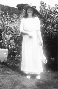 Uncie ( Margaret ) (1 of 1)-12