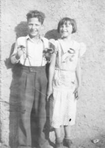 Wayne and Uncie ( Margaret ) (1 of 1)