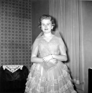 Carole 16 Feb 60