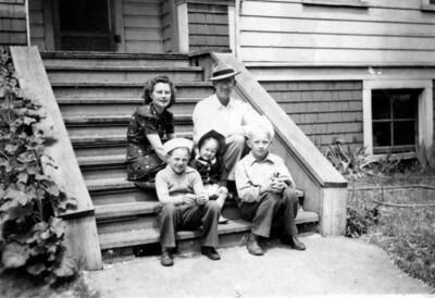 Caroles Family 4