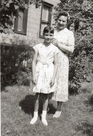 Margaret (12 yrs) with mother Dorothy
