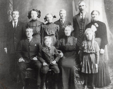 Front Row: William, Edwin, Emma, Ellen; Back Row: Hilary, Dorothea, Nora, Richard, John, Margaret; c. 1910 (Louis died previously)