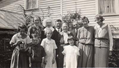 Front: Dorothy, Norman, Julia, Frances; Back: Emma, ?, Lawrence, Margaret, ?, Nora, Ellen