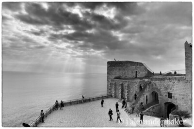 The sea from Castell del Papa Luna