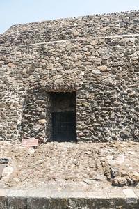A tunnel into the Sun Pyramid