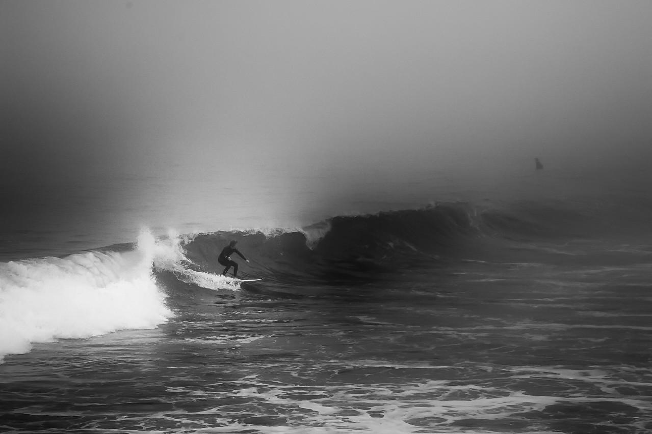 Venice Pier - Surfing
