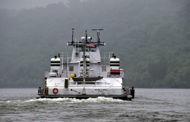 Milton V. Roth Tug - Ohio River