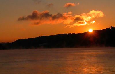 Sunrise Peak Over The Hills of Kentucky